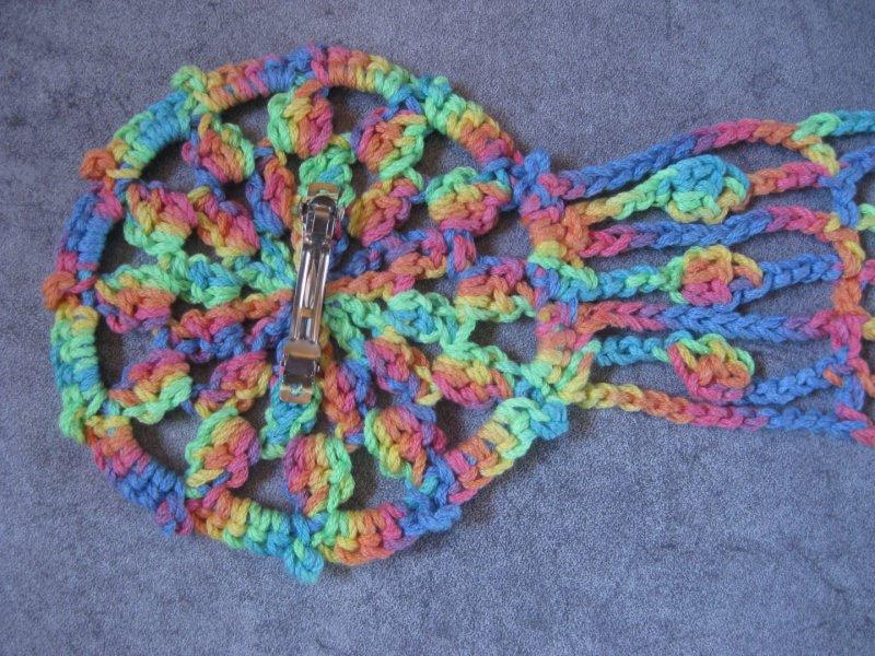Kleinesbild - Schmuckschal, Häkelschal Mandala, Schal aus weicher Baumwolle