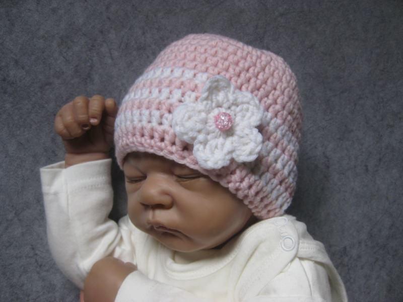 Kleinesbild - Babymütze, Neugeborenenmütze, Wintermütze aus reiner weicher Wolle, gehäkelt
