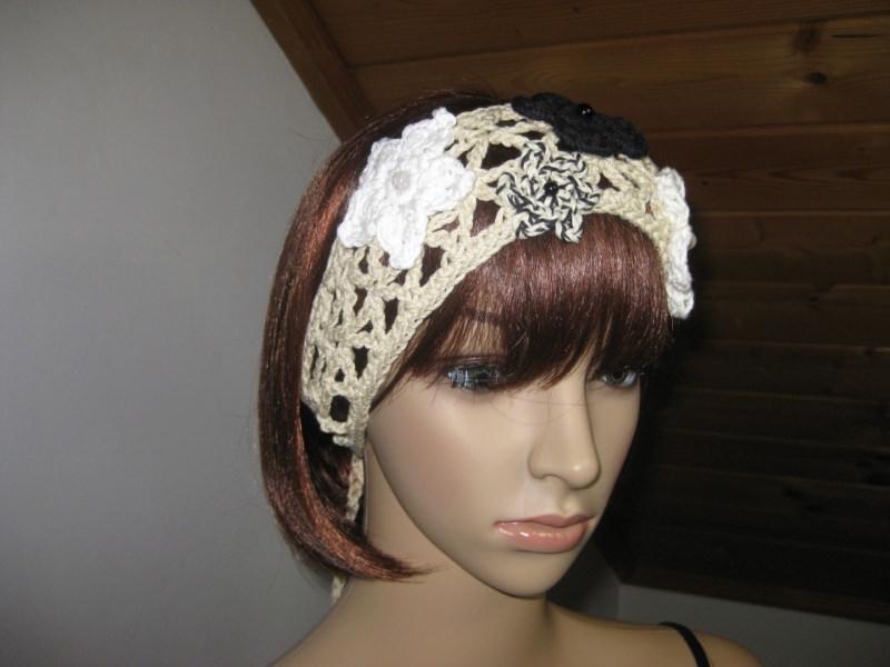 Kleinesbild - Haarband mit Blümchen, Stirnband, Haarschmuck, gehäkelt