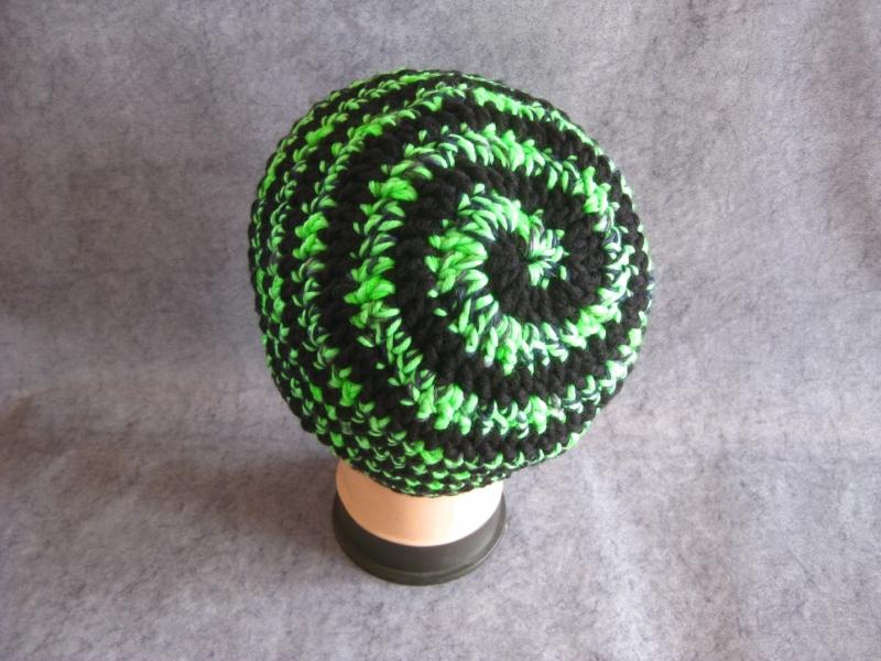 Kleinesbild - Männer-Mütze im Spiral-Design, Mütze, Beanie, Häkelmütze
