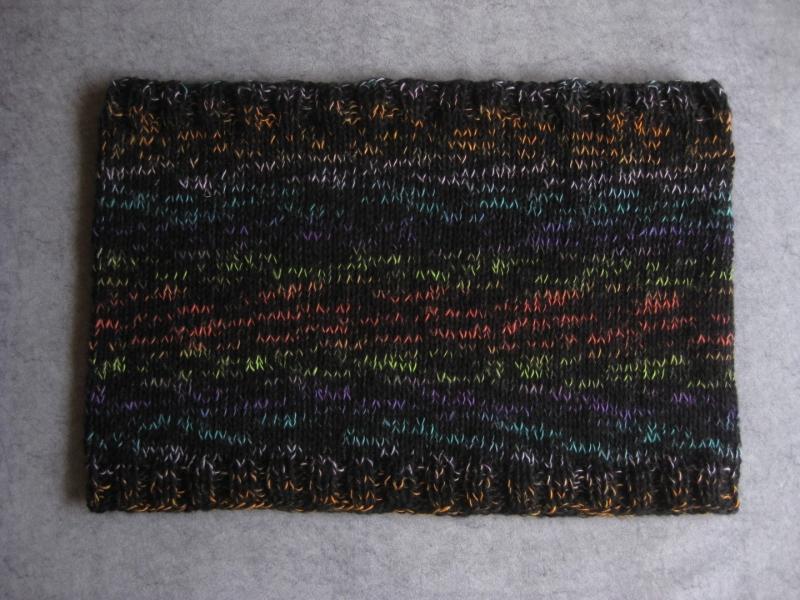 Kleinesbild - Großer Schlauchschal,  gestrickt aus weicher Wolle mit Mohair, Rundschal, Loop, Schal