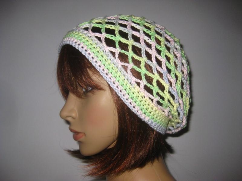 Kleinesbild - Mütze, Beanie, Sommer-Mütze mit schönem Farbverlauf, aus Baumwolle und Viskose