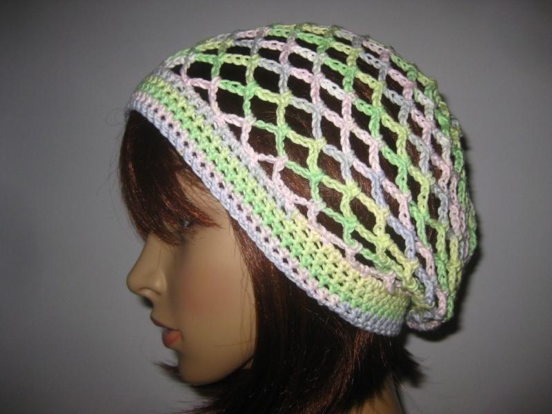 - Mütze, Beanie, Sommer-Mütze mit schönem Farbverlauf, aus Baumwolle und Viskose  - Mütze, Beanie, Sommer-Mütze mit schönem Farbverlauf, aus Baumwolle und Viskose
