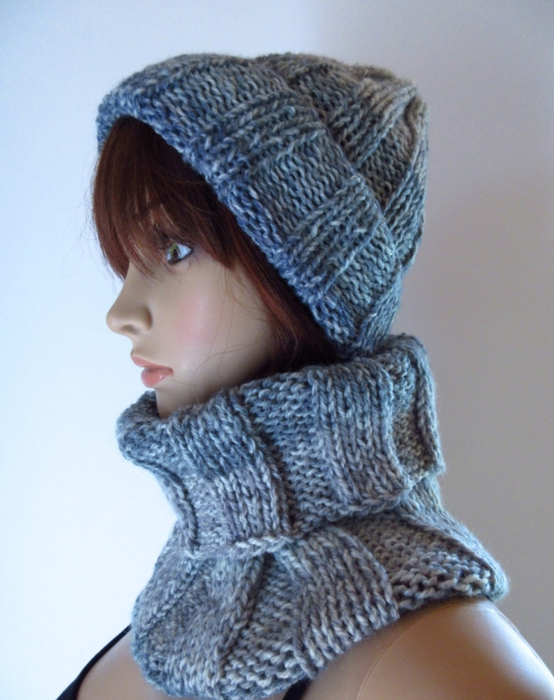 Kleinesbild - Set: Schlauchschal, Mütze und Stirnband, gestrickt aus weicher Wolle mit Farbverlauf