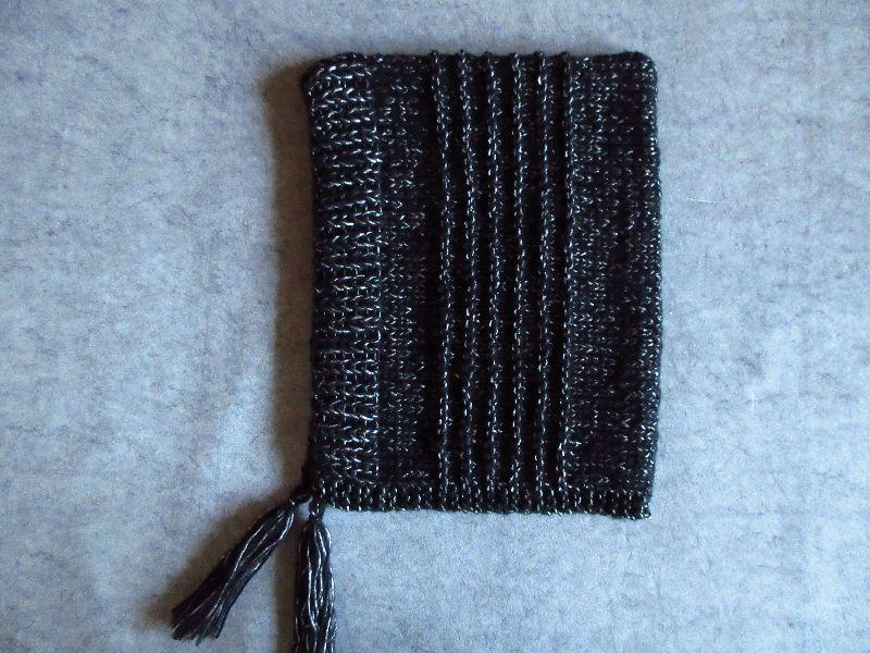 Kleinesbild - Mütze, Kapuze, Frisur schonend, leicht und warm mit Silberglanz