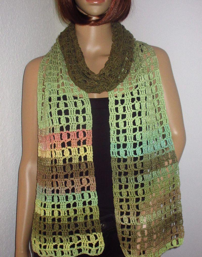 Kleinesbild - Schmuckschal, Schal mit auffälligem Farbverlauf, auf verschiedene Arten tragbar