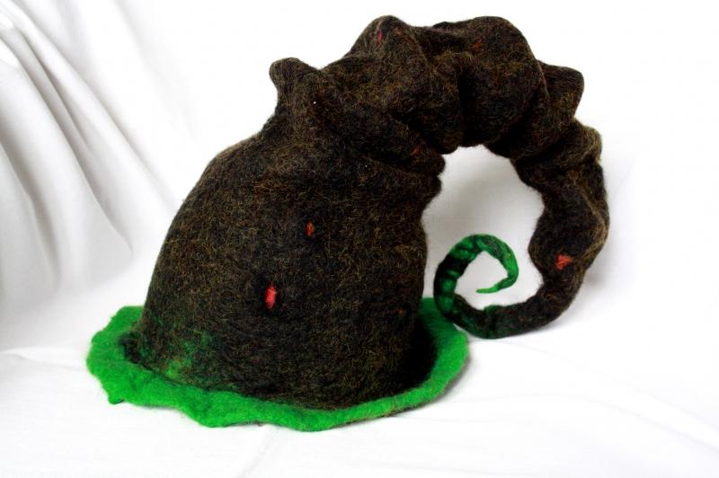 Kleinesbild - Handgefilzter Hut, Hexenhut in schwarz und grün