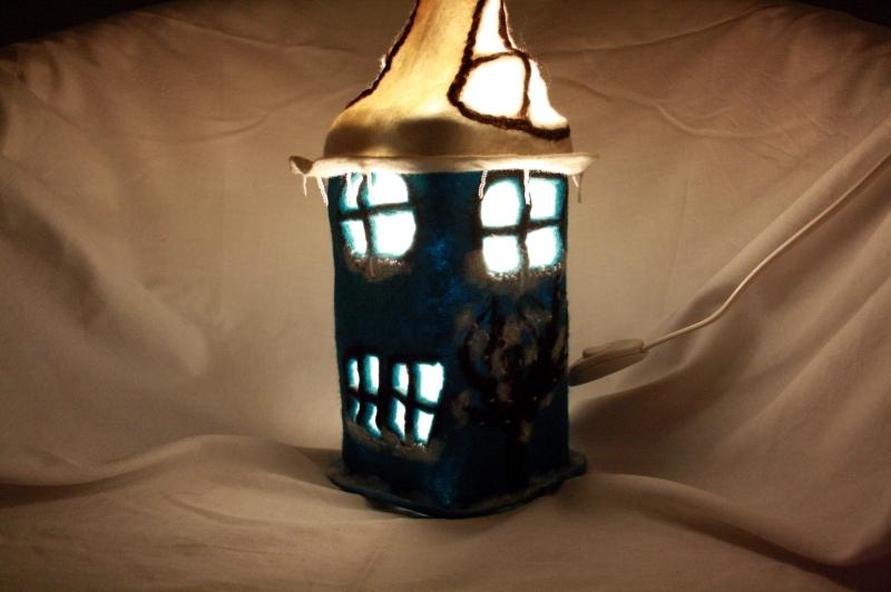 Kleinesbild - Handgefilzte Märchenlampe, Tischlampe, Filzlampe
