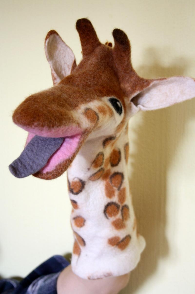 Kleinesbild - handgefilzte Handpuppe Giraffe, Puppentheater, Künstlerpuppe