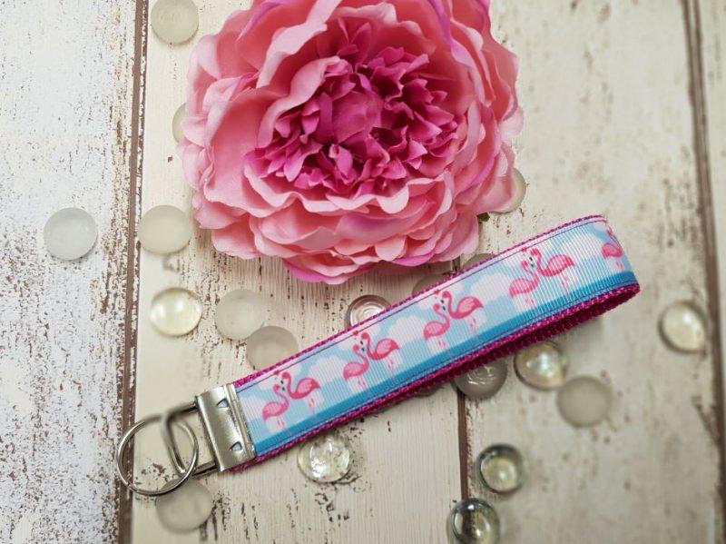 - süßer Flamingo Schlüsselanhänger aus Gurtband in  pink - süßer Flamingo Schlüsselanhänger aus Gurtband in  pink