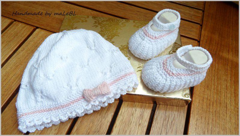 - Gestricktes Babyset, Taufset, Babymütze und Babyschuhe, weiß/rosa - Gestricktes Babyset, Taufset, Babymütze und Babyschuhe, weiß/rosa