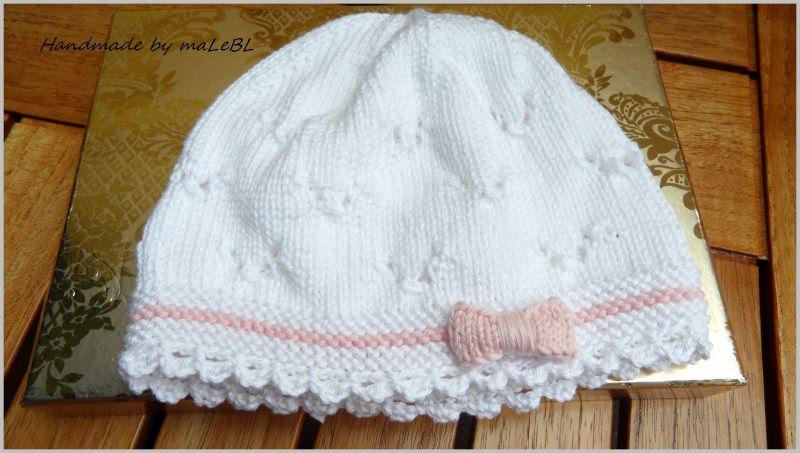 Kleinesbild - Gestricktes Babyset, Taufset, Babymütze und Babyschuhe, weiß/rosa