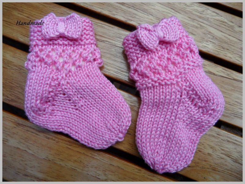 Kleinesbild - Babysocken für kleine Mädchen, handgestrickt aus 100 % Baumwolle