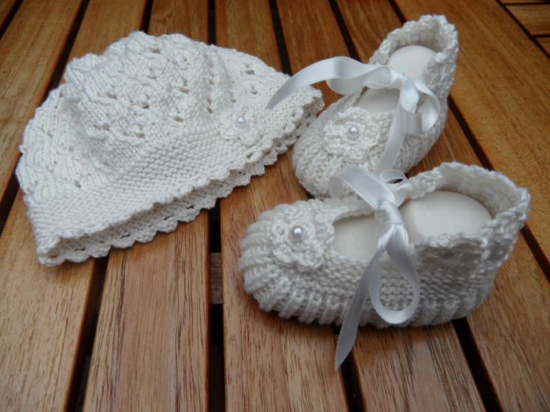 Kleinesbild -  Taufset, Taufmütze und Taufschuhe aus 100 % Baumwolle handgestrickt, Babyset gestrickt. Größe 0-3 Mon. - 1121