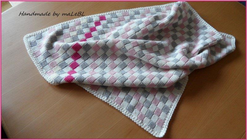 Kleinesbild - Babydecke, gehäkelt, 100 % Wolle (Merino). Geschenk zur Geburt
