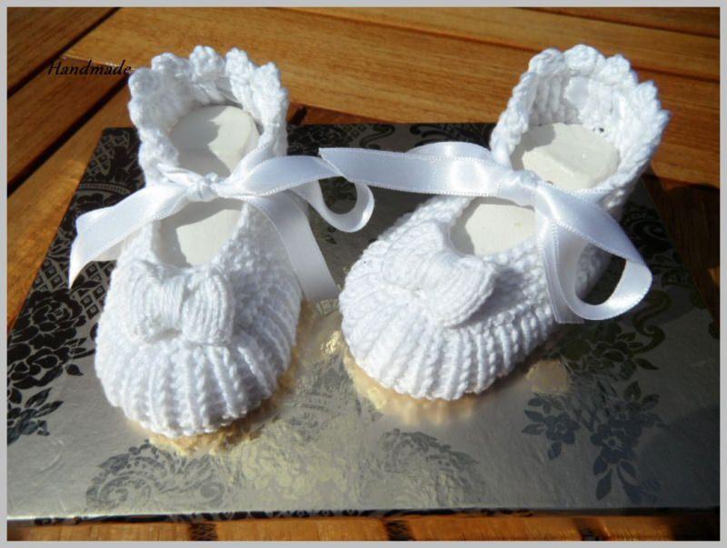 - Taufschuhe, handgestrickt aus 100 % Baumwolle in weiß - Taufschuhe, handgestrickt aus 100 % Baumwolle in weiß