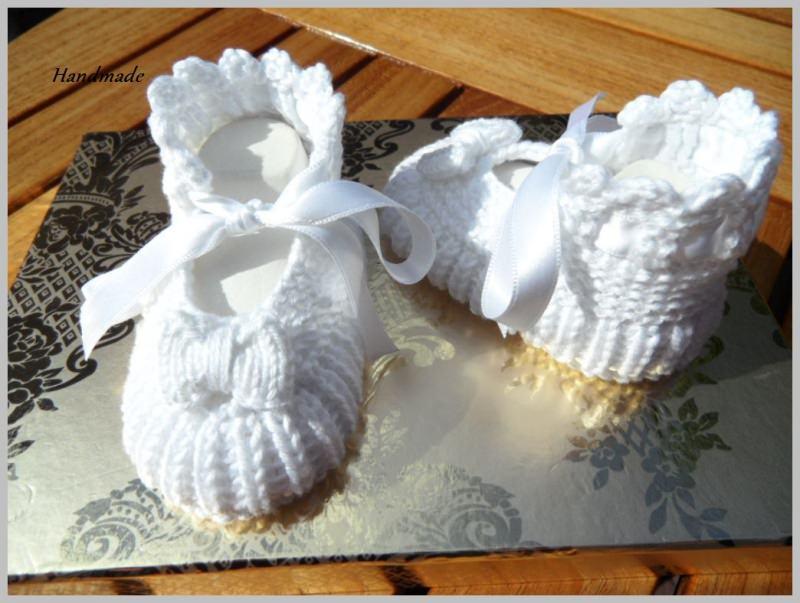 Kleinesbild - Taufschuhe, handgestrickt aus 100 % Baumwolle in weiß