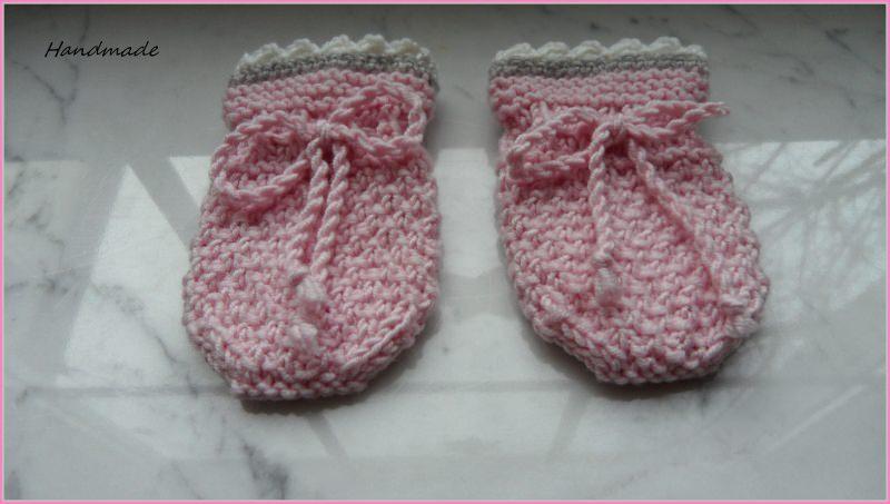 Kleinesbild - Neugeborenenset, Babymütze und Babyhandschuhe für kleine Mädchen