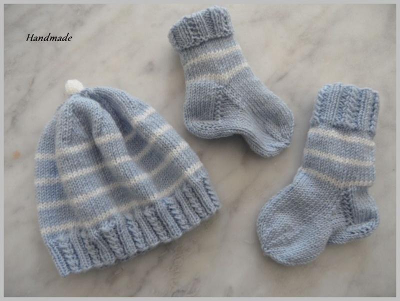 Kleinesbild - Zwei Neugeborenen-Sets für Zwillinge aus 100 % Wolle (Merino)