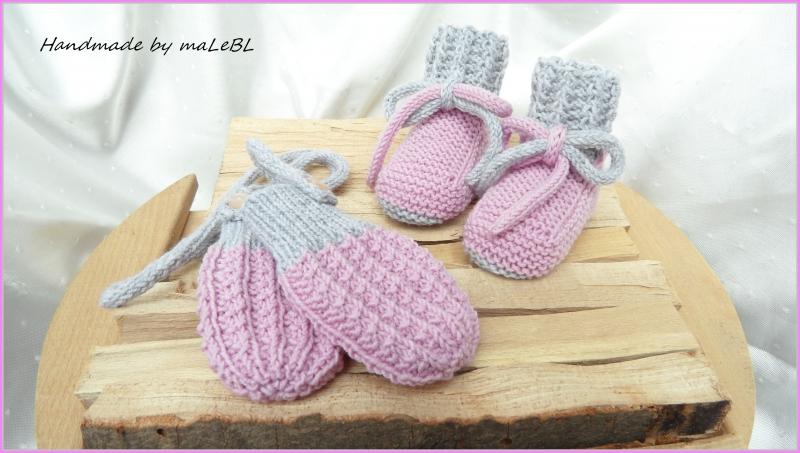 Kleinesbild - Gestrickte Babybschuhe Gr. 3-6 Mon. rosa grau aus Wolle (Merino)