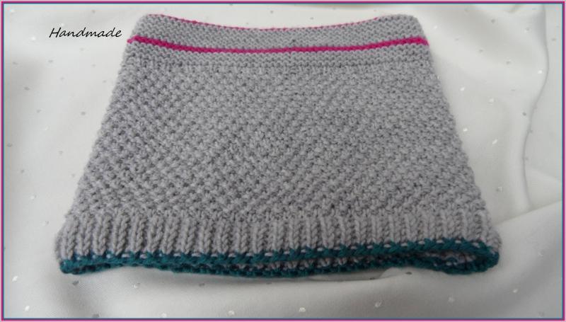 Kleinesbild - Kinderschal, Kinderrundschal aus Wolle (Merino) hangestrickt in grau
