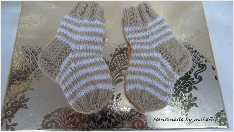 - Wollsocken für Neugeborene, Ringelsöckchen aus Wolle (Merino) - Wollsocken für Neugeborene, Ringelsöckchen aus Wolle (Merino)