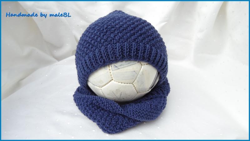 - Baby-Set Babymütze Babyrundschal Loop aus 100 % Wolle (Merino) in blau. - Baby-Set Babymütze Babyrundschal Loop aus 100 % Wolle (Merino) in blau.