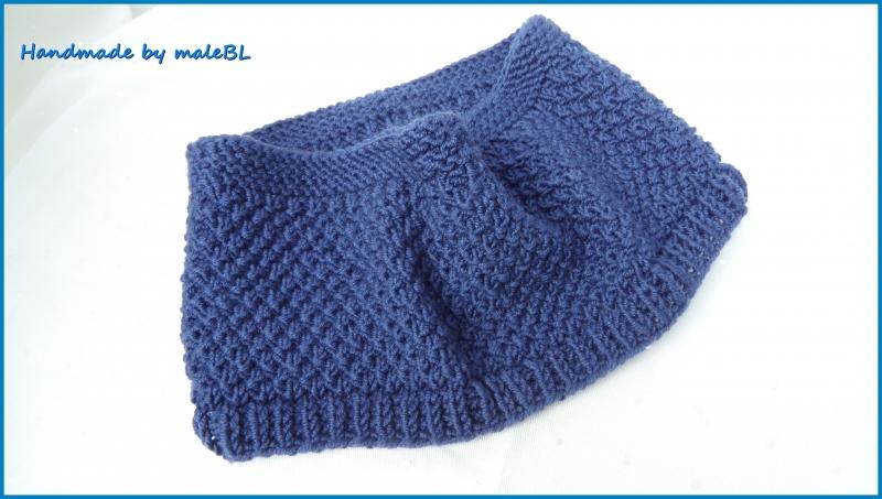 Kleinesbild - Baby-Set Babymütze Babyrundschal Loop aus 100 % Wolle (Merino) in blau.