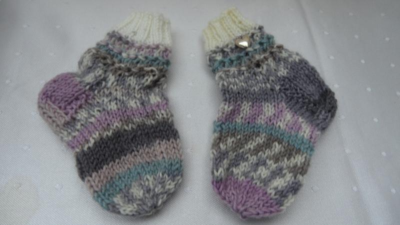 Kleinesbild - Mama und Baby-Socken,  handgestrickte Wollsocken für Mutter und Kind, Babysocken gestrickt. Auch super als Geschenk - 1265