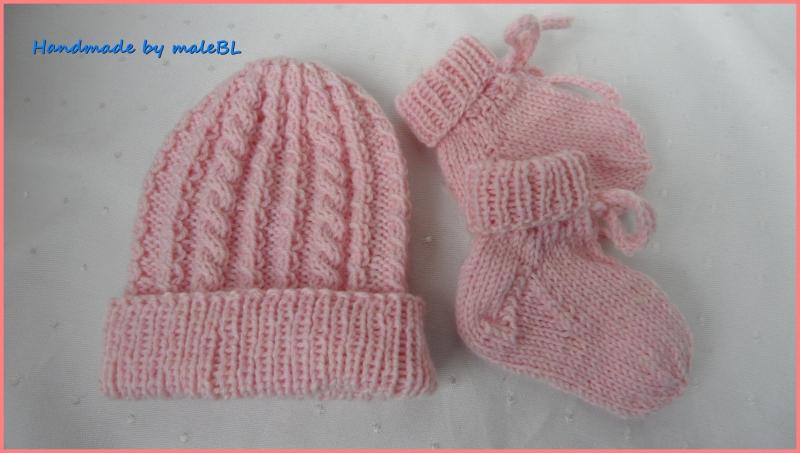 Kleinesbild - Für Mädchen in rosa. Set für Frühchen – Mütze und Socken