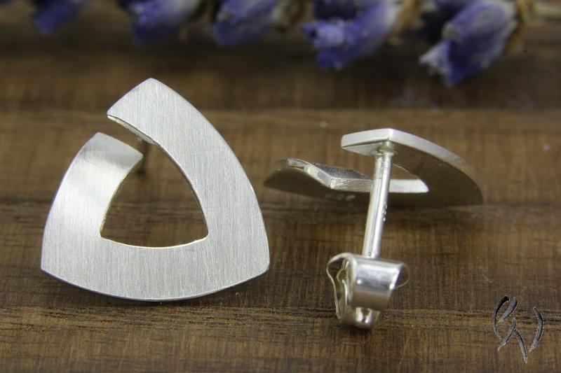 Kleinesbild - Ohrstecker Silber 925/- , Trinagel 15 mm, strichmatt