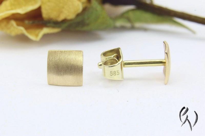 Kleinesbild - Kleine Ohrstecker Roségold 585/-, Miniquadrat strichmatt