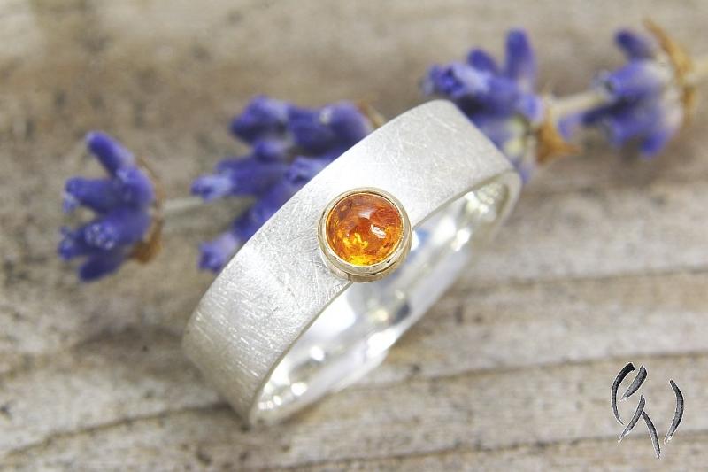 - Schöner Ring aus Silber 925/- , mit Mandaringranat - Schöner Ring aus Silber 925/- , mit Mandaringranat