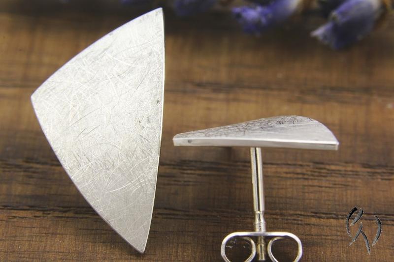 Kleinesbild - Große Ohrstecker Silber 925/-, Dreieck mattgekratzt