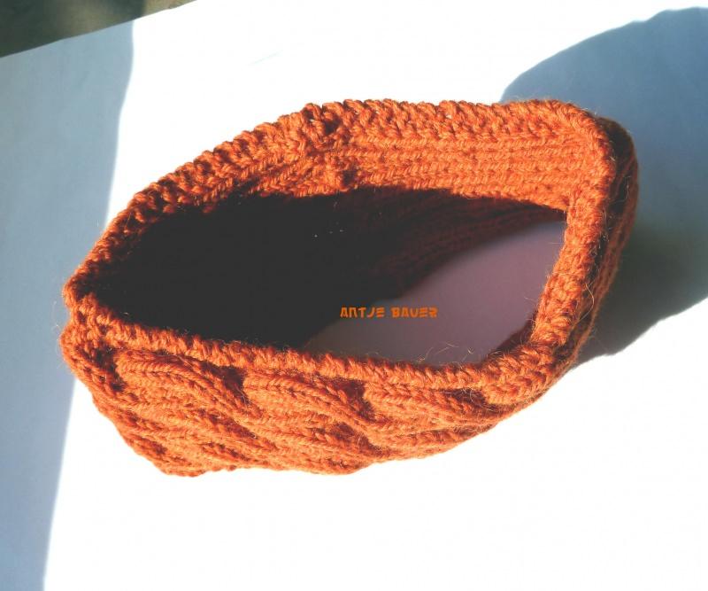 Kleinesbild - Stirnband ★ orange ★ mit Zopfmuster ★ gestricktes Stirnband ★ Wollstirnband ★ Die kleine Bastelwerkstatt