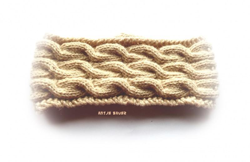 Kleinesbild - Stirnband ★ hellbeige mit Zopfmuster