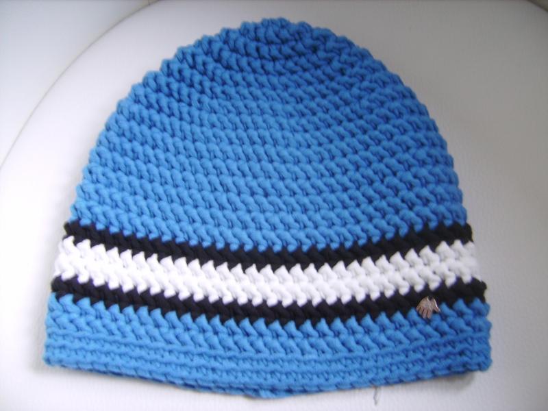 Kleinesbild - handgehäkelte Mütze aus Baumwollemischgarn, blau/weiß, KU 52-56cm