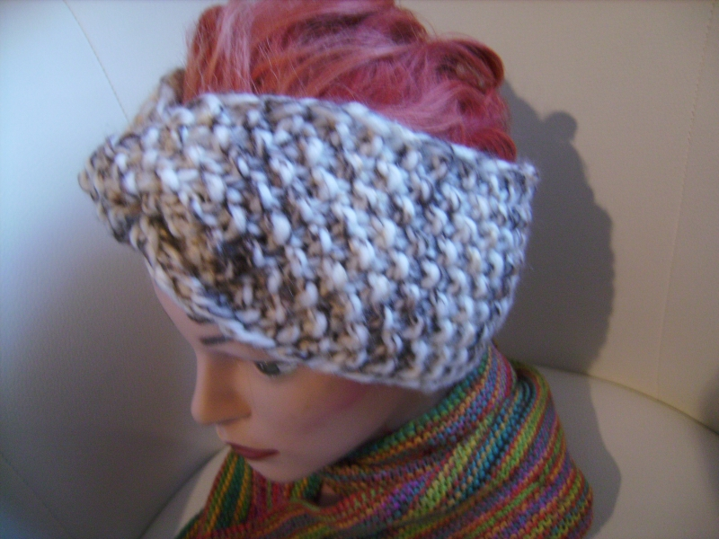 Kleinesbild - handgestricktes Twist-Stirnband in braun/beige aus Handstrickgarn, KU ca. 55-59 cm