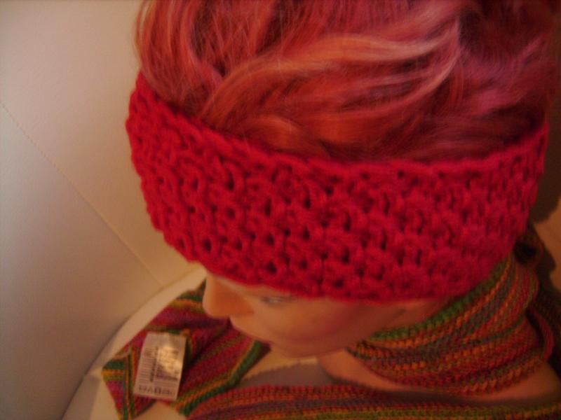Kleinesbild - handgestricktes Stirnband in rot aus Handstrickgarn, KU ca. 55-57 cm