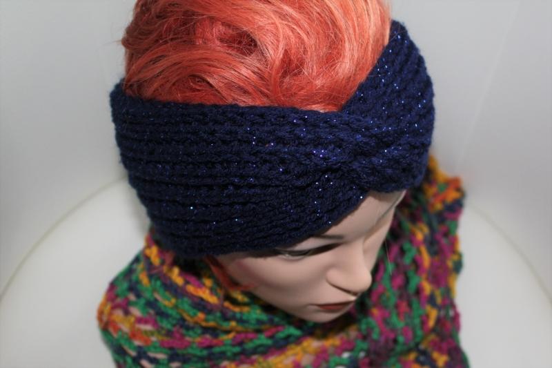 Kleinesbild - handgestricktes Turban-/Twist-Stirnband in mitternachtsblau mit Glitzer aus Handstrickgarn, KU ca. 54-58 cm