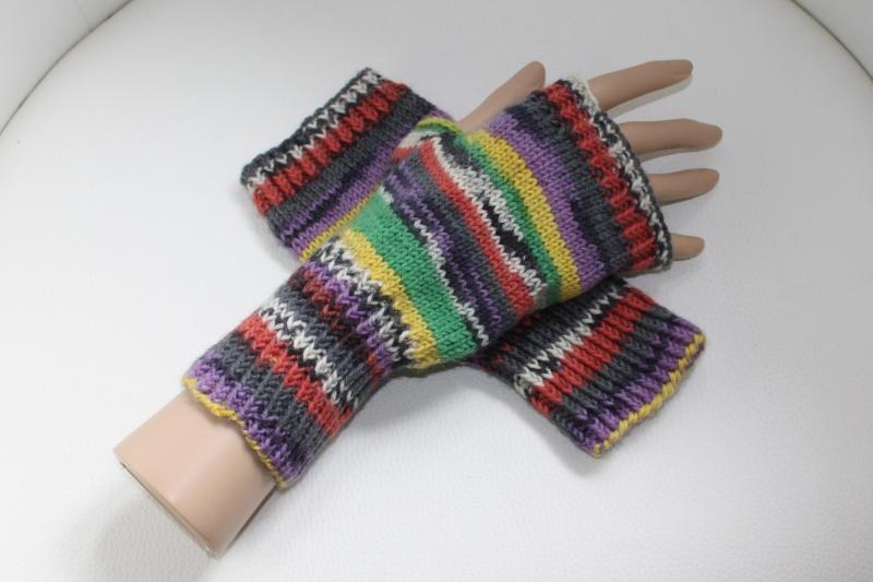 - handgestrickte Arm-/Handstulpen mit Daumenloch für Damen und Herren, bunt - handgestrickte Arm-/Handstulpen mit Daumenloch für Damen und Herren, bunt