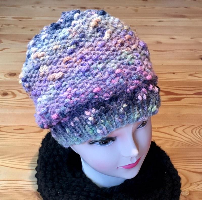 Kleinesbild - Elegante Mütze in Pastelltönen rose, grau und lila