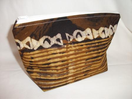 - Kleine Tasche genäht im afrikanischen Style in Weiß und Brauntönen - Kleine Tasche genäht im afrikanischen Style in Weiß und Brauntönen