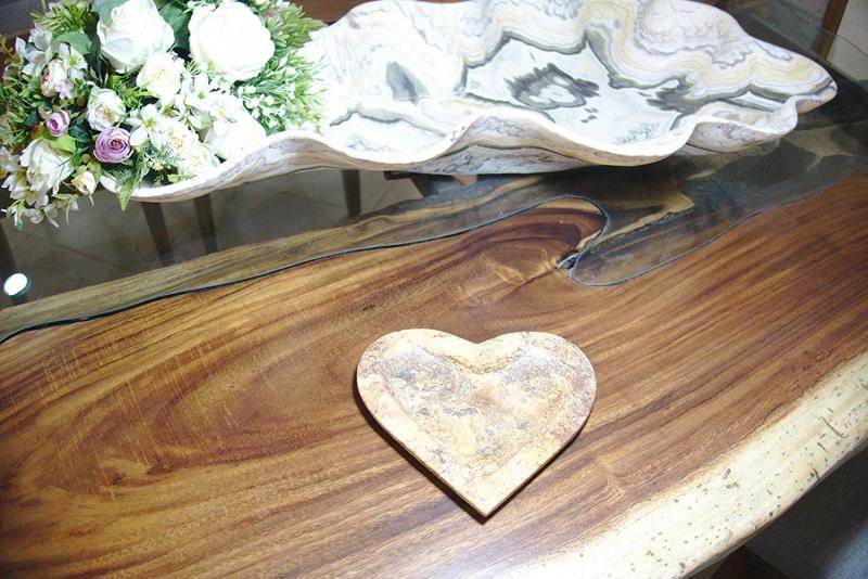 Kleinesbild - Dekoschale in Herzform aus mexikanischem Onyx Marmor (Naturstein) aus ONYX ¨Rojo Travertino¨