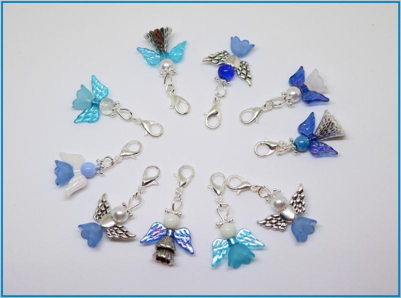 - 10 Blau gemischte Perlenengel mit Karabinerhaken, handmade, Schutzengel, Anhänger - 10 Blau gemischte Perlenengel mit Karabinerhaken, handmade, Schutzengel, Anhänger