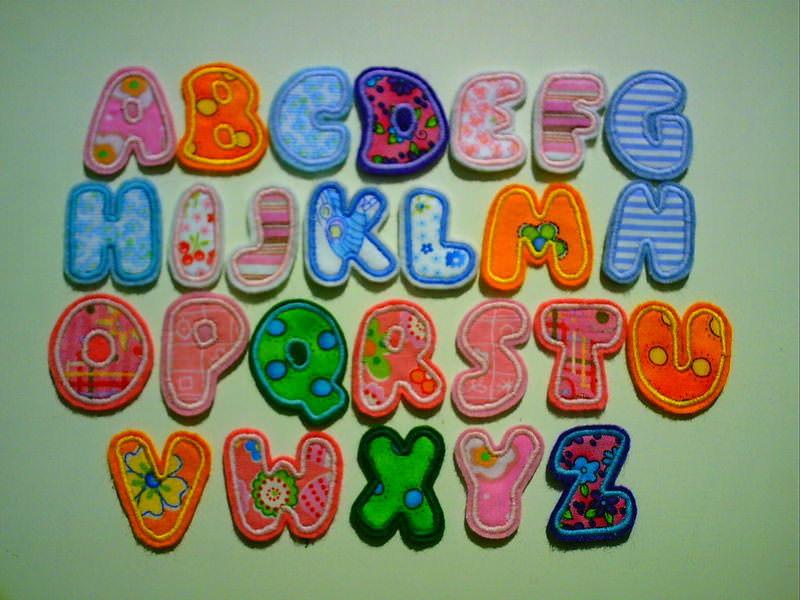 Kleinesbild - Applikation Buchstaben