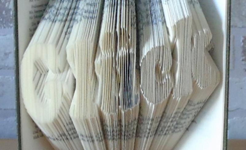 Kleinesbild - gefaltetes Buch - Glück // Dekoration // Geschenk // Bookfolding // Freundschaft // Buchkunst