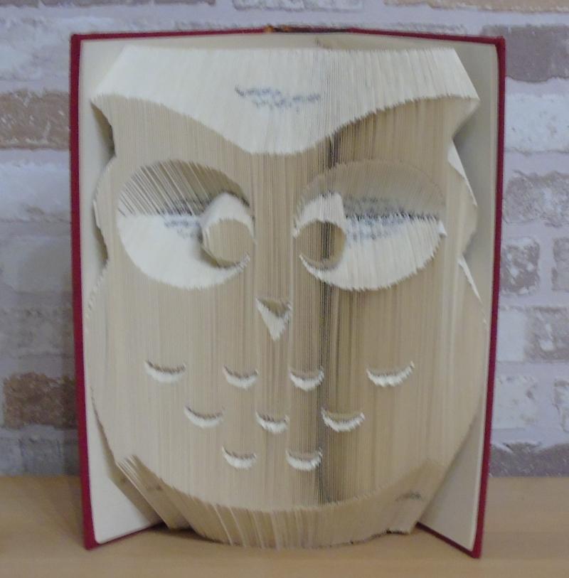 Kleinesbild - gefaltetes Buch - Eule // Bookfolding // Book Art // Buchkunst // Geschenk // Dekoration // Buchfalten // Buchskupltur