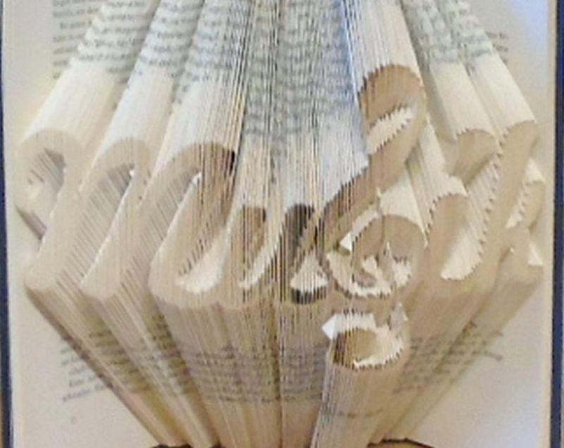 Kleinesbild - gefaltetes Buch - Musik // Bookfolding // Buchfalten // Book Art // Buchkunst // Geschenk // Dekoration // Musikliebhaber