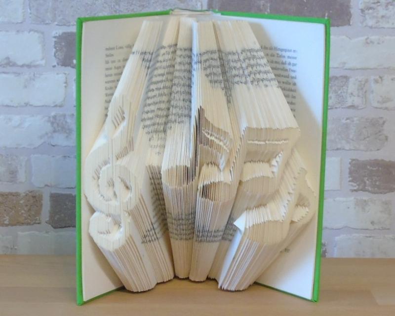Kleinesbild - gefaltetes Buch - Notenschlüssel mit Noten // Buchkunst // Bookfolding // Geschenk // Dekoration // Musikliebhaber